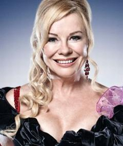 Photo of Pamela Stephenson