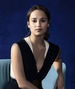Photo of Alicia Vikander