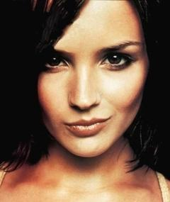 Photo of Rachael Leigh Cook