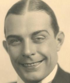 Photo of Earle Foxe