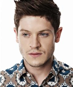 Photo of Iwan Rheon