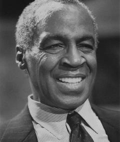 Photo of Robert Guillaume