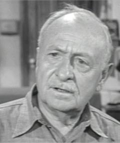 Photo of Ernest Truex