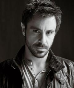 Photo of Emun Elliott