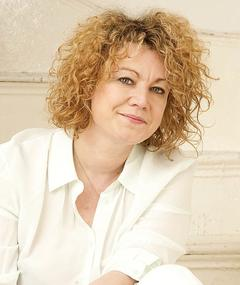 Photo of Emily Lloyd