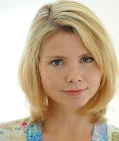 Photo of Annette Frier