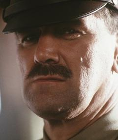 Clive Russell adlı kişinin fotoğrafı