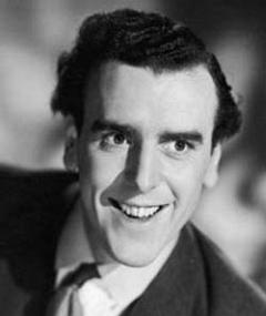 Photo of George Cole