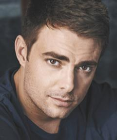 Photo of Jonathan Bennett