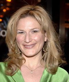Photo of Ana Gasteyer