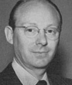 Gambar Francis D. Lyon