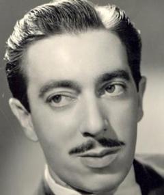 Photo of José Lewgoy