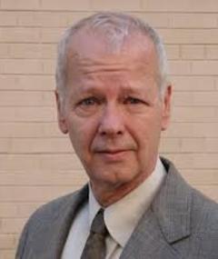 Photo of Dennis Hearn