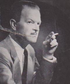 Howard Clewes का फोटो