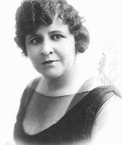 Lillian Leighton adlı kişinin fotoğrafı