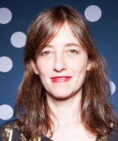 Photo of Roberta Ainstein
