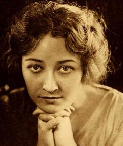 Photo of Pauline Frederick