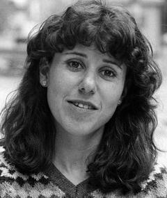 Photo of Julie Kavner