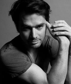Photo de Matthew Settle