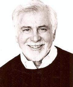 Photo of Leonard Stern