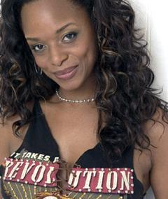 Photo of N'Bushe Wright