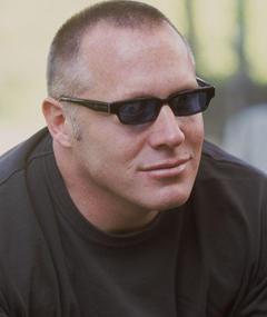 Andrew Gunn adlı kişinin fotoğrafı
