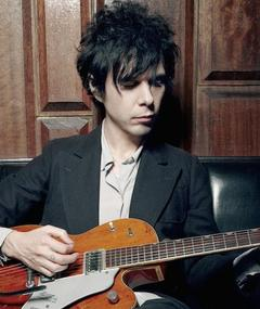 Photo of Nick Zinner