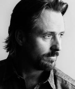 Photo of Linus Roache