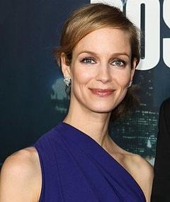 Photo of Laura Regan