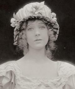 Photo of Jewel Carmen