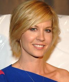 Photo of Jenna Elfman