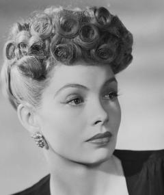 Photo of Yolande Donlan