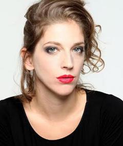 Photo of Lisa Caligaris