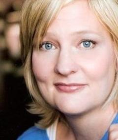Photo of Carolyn Almos