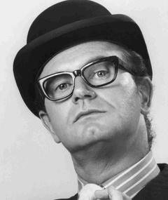Photo of Charles Nelson Reilly