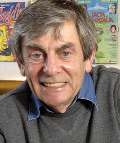 Photo of Melvyn Hayes