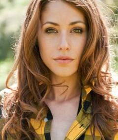 Photo of Amanda Crew