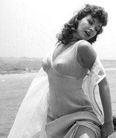 Photo of Mara Corday