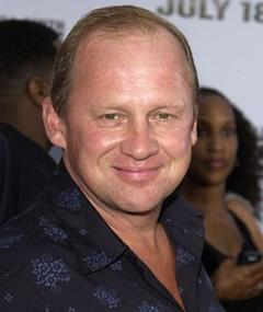 Poza lui Peter Firth