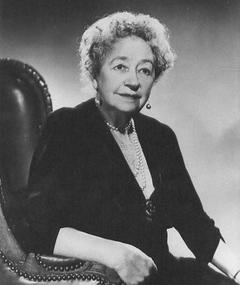 Photo of Dame May Whitty