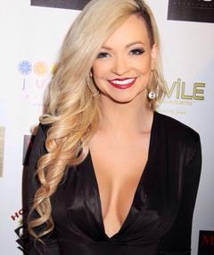 Photo of Mindy Robinson