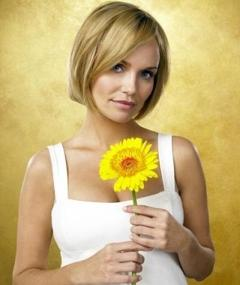 Photo of Kristin Chenoweth