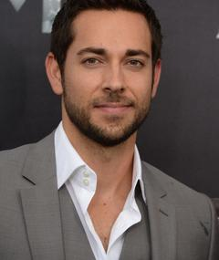 Photo of Zachary Levi