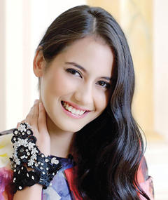 Photo of Pevita Pearce