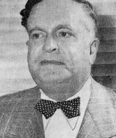 Photo of Leon Schlesinger