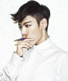 Photo of Choi Seung-hyun (T.O.P)