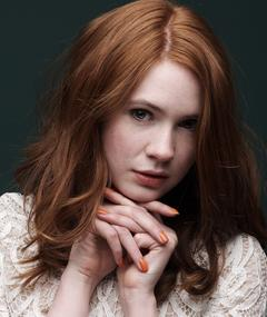 Photo of Karen Gillan