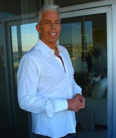 Photo of Cary Brokaw