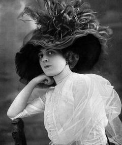 Photo of Ida Rubinstein