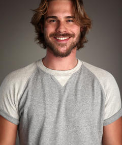 Photo of Grey Damon